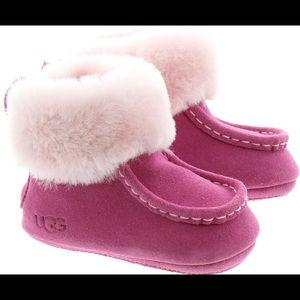 UGG | Infant Gage Boots In Rose | 2/3